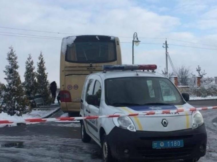 ВВаршаве назвали «антипольским инцидентом» подрывавтобуса под Львовом