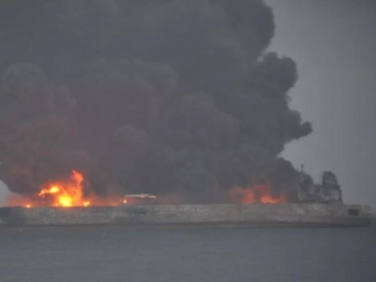 Обнаружено тело второй жертвы столкновения танкера исухогруза уберегов Китая