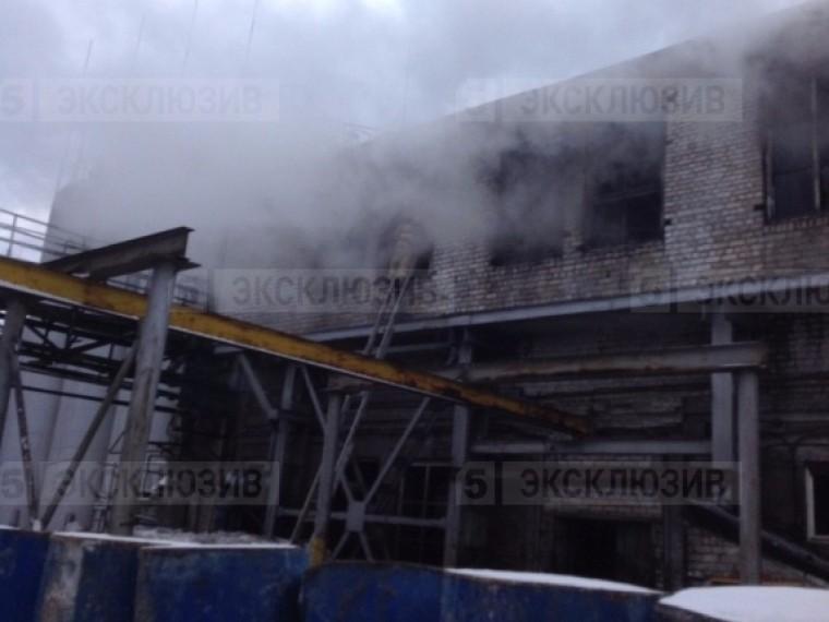Пятый канал публикует эксклюзивные фотографии спожара подНижним Новгородом