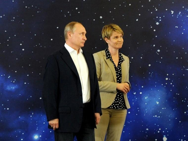 Зашесть дней собрана почти половина подписей завыдвижение Путина впрезиденты