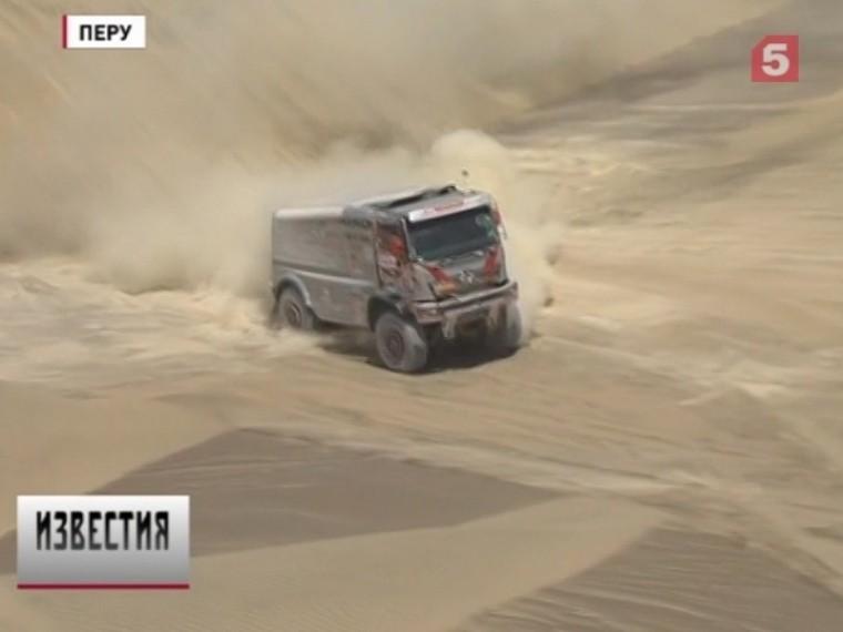 Лучшим вклассе грузовиков вновь стал экипаж Эдуарда Николаева изкоманды «КАМАЗ-Мастер»