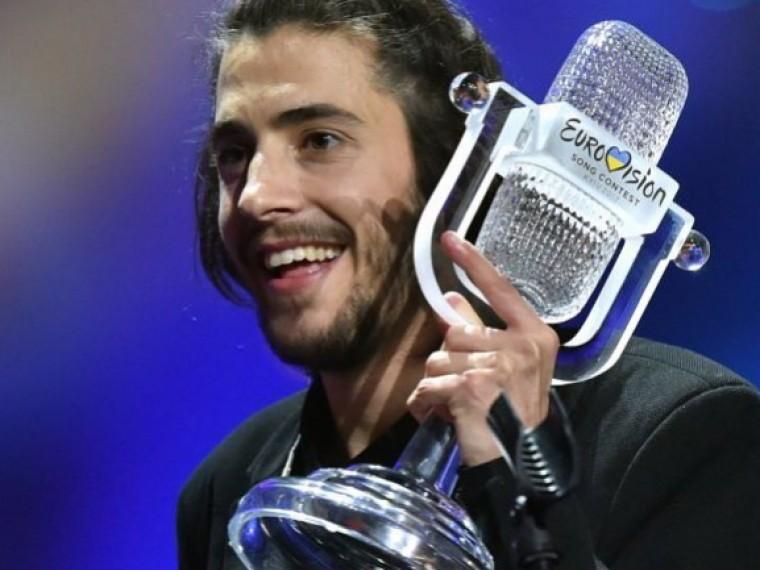 Победителя «Евровидения» выписали избольницы спересаженным сердцем