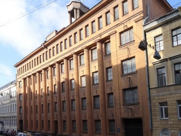 Здание штаба ПВО вПетербурге признали памятником архитектуры