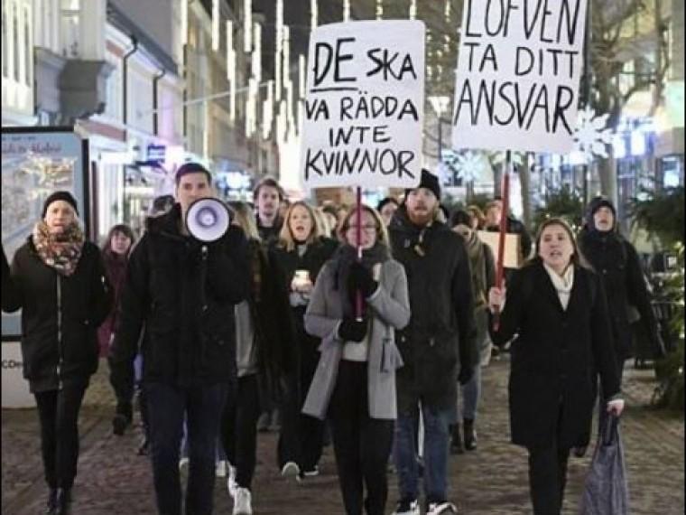 Многотысячная манифестация вподдержку жертв сексуальных преступлений ожидается вСтокгольме