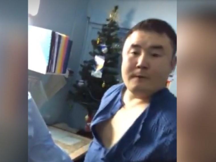 Агрессивнного якутского врача заставят вернуть деньги, полученные попрограмме «Земский доктор»