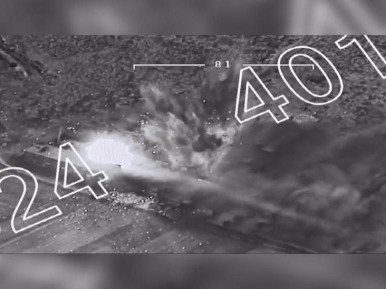 Уничтожение Турцией курдского склада боеприпасов зафиксировали камеры