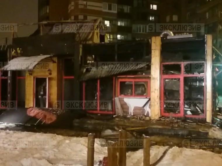 выгорело полностью очевидец рассказал пожаре кафе севере петербурге