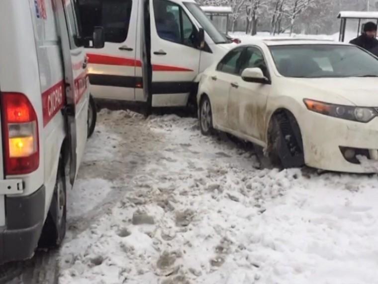 Пятый канал публикует первые кадры сместа авариисоскорой вМоскве