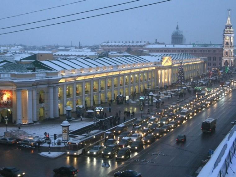 центре петербурга ограничат движение транспорта