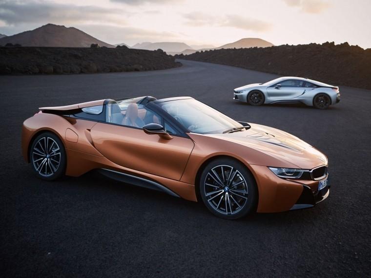 BMW озвучила цены наi8 Coupe иi8 Roadster для России