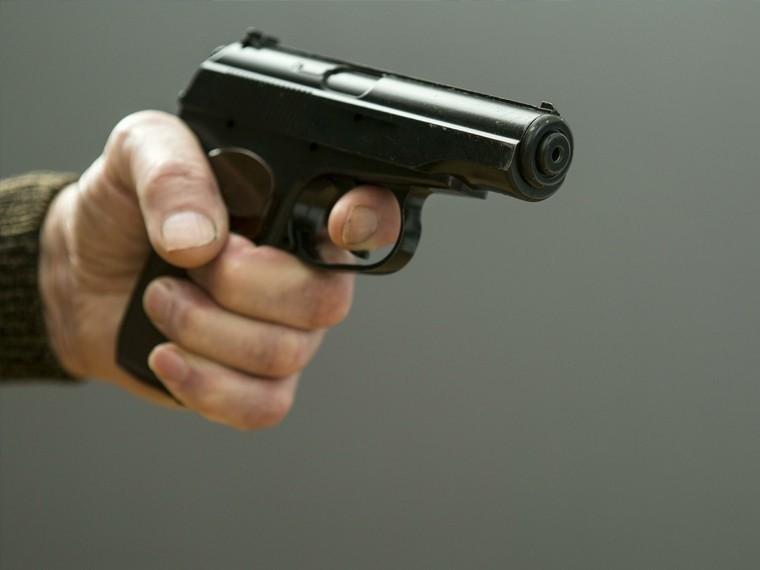 столичном кафе мужчине прострелили бедро