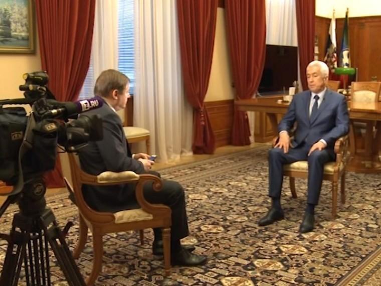 Пятый канал публикует полную версию эксклюзивного интервью сврио Дагестана Владимиром Васильевым