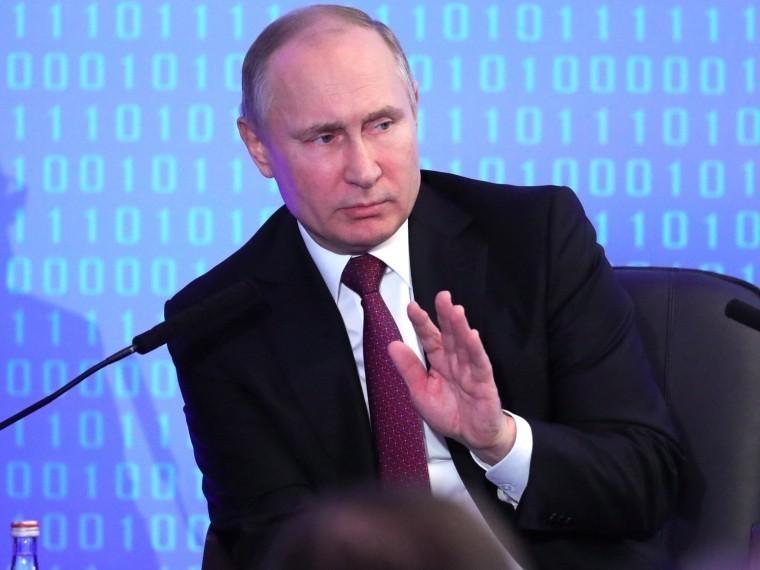 Путин простудился, нопродолжает работать