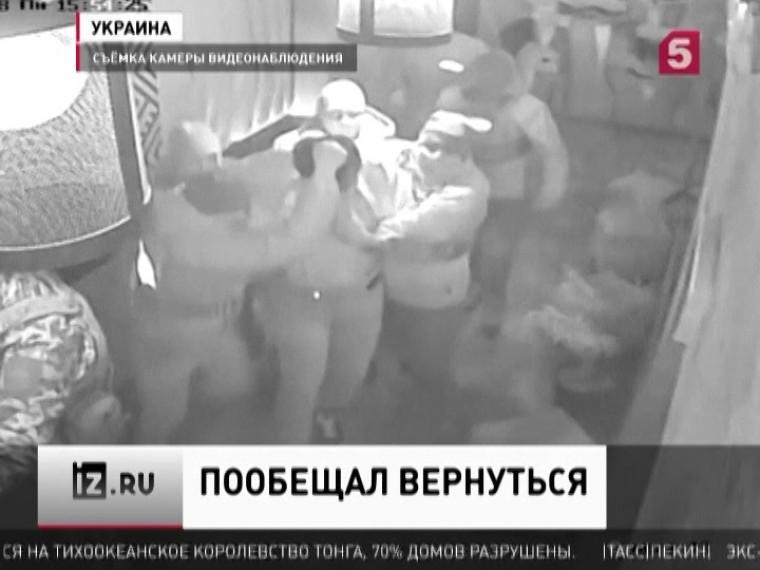 «Онугрожал вернуться»— Саакашвили неуспокоится, пока несвергнет Порошенко