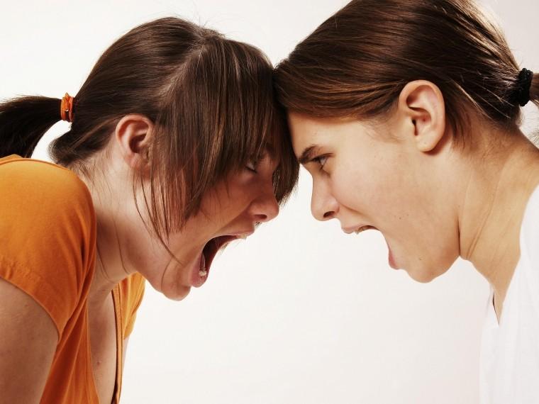 Ревнивая москвичка подстерегла свою соперницу ижестоко избила