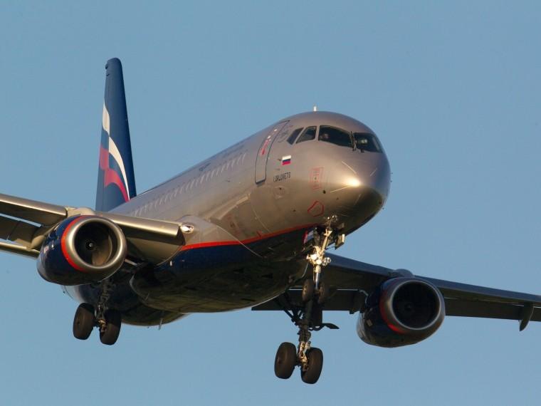 «Гражданские самолеты Сухого» официально опровергли информацию опроблемах уSuperjet
