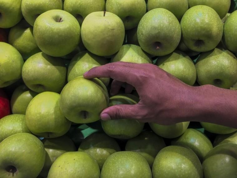 Китай начал поставкивРоссию иБелоруссию овощей ифруктов