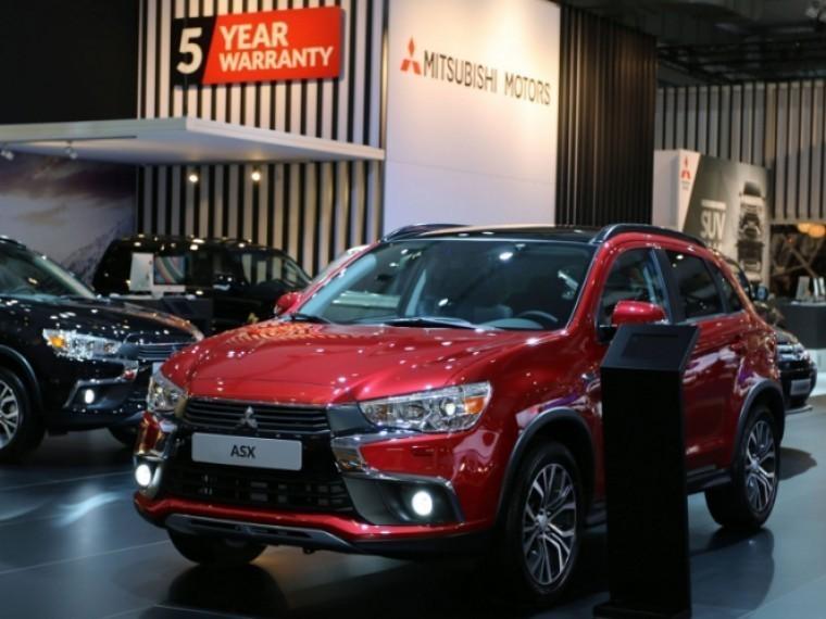Mitsubishi массово отзывает кроссоверы ASХ из-за неисправности лобового стекла