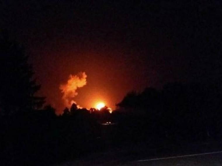 17-летний карагандинец наруках вынес соседей изгорящего дома