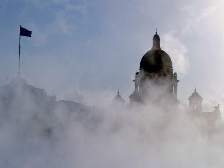 Лютые морозы атакуют Петербург вночь начетверг