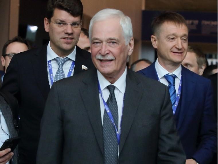 Грызлов уверен, что Украина неотказалась отвоенного сценария