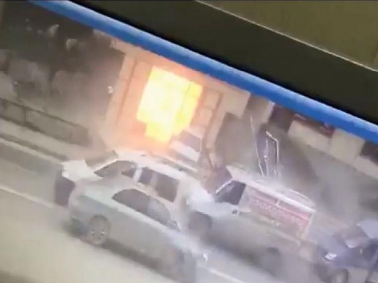 Момент взрыва вМахачкале зафиксировали камеры видеонабюления