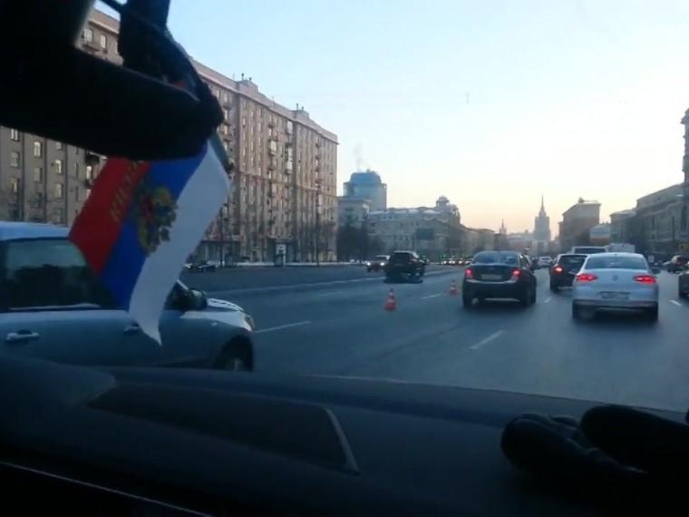 лихач иномарке насмерть сбил пешехода кутузовском проспекте видео