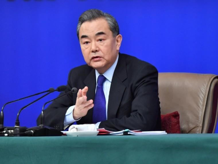 глава мид кнр ван назвал отношения россии китая