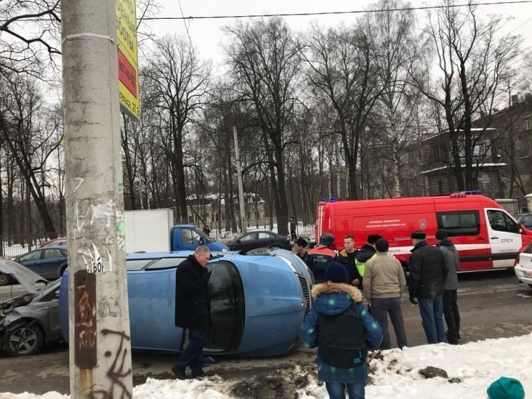 очевидец опубликовал видео массового дтп проспекте энгельса петербурге