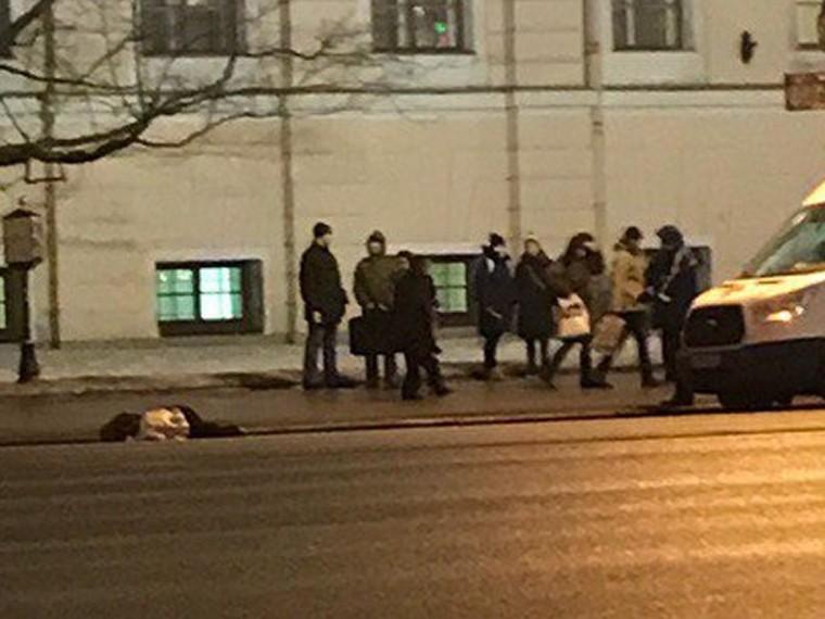 центре петербурга насмерть сбили человека фото