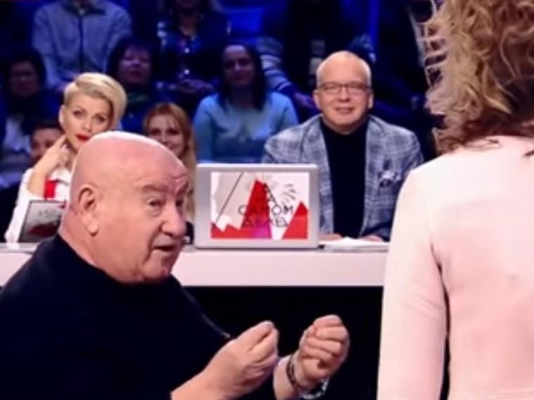 Взбешенная Цымбалюк-Романовская ударила известного продюсера прямо перед камерами— видео