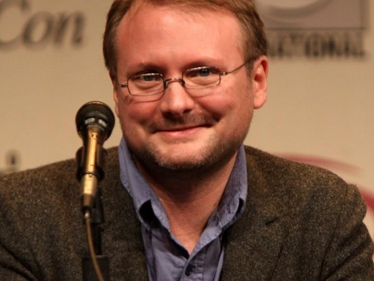 Режиссер «Звездных войн» считает, что Россия вмешивается всценарий фильма