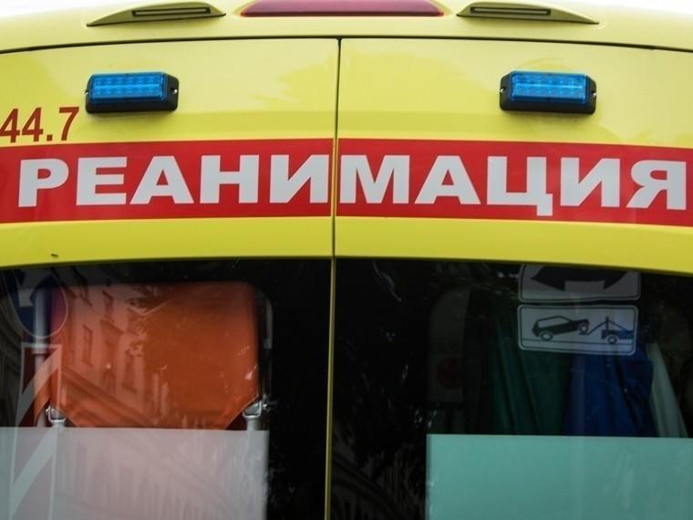 Под Петербургом мужчина чудом выжил после падения спятого этажа