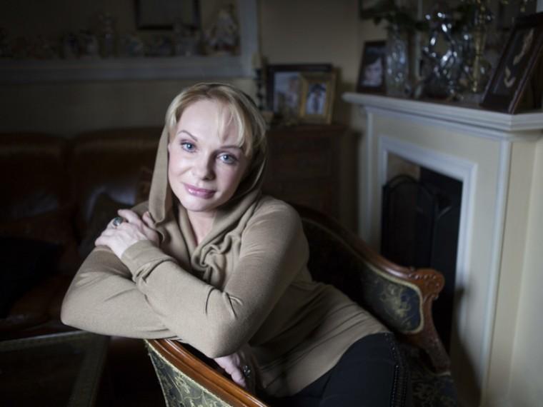 москве проходит пресс-конференция вдовы евгения евстигнеева посвященная борьбе