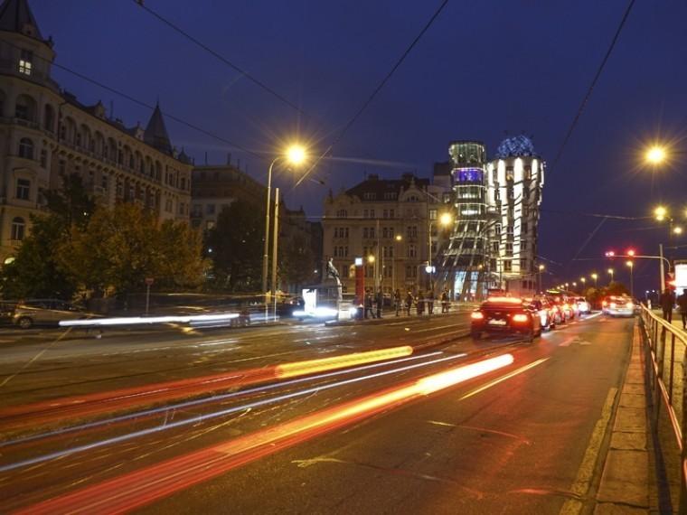 центре петербурга лежащего пешехода переехали насмерть