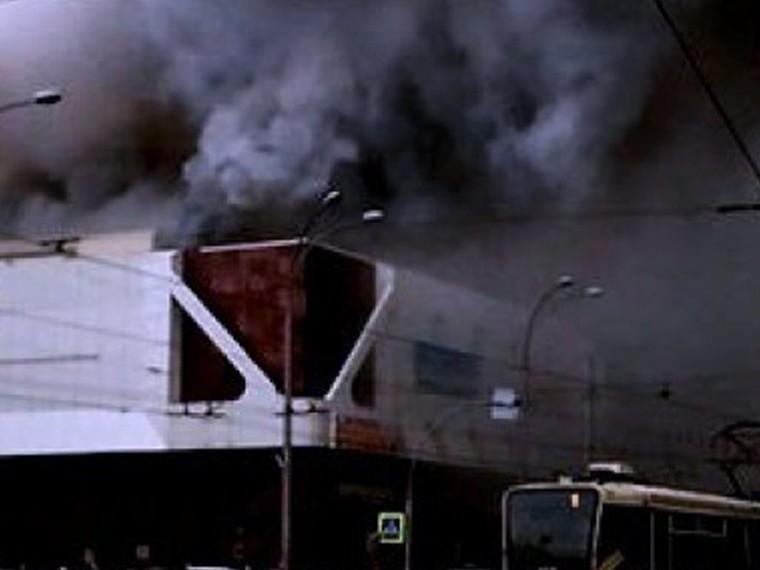Числопогибших врезультате пожара вТЦвКемерово возросло до37 человек