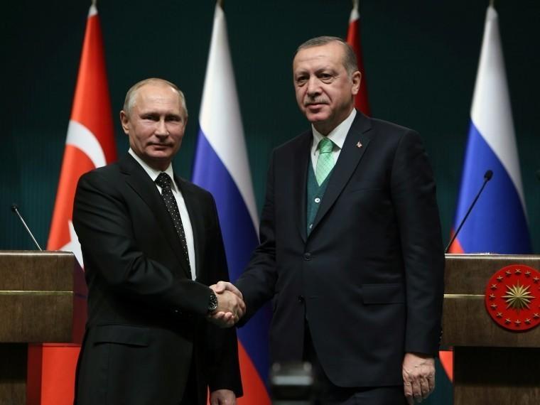 Путин иЭрдоган обсудили грядущий саммит поСирии