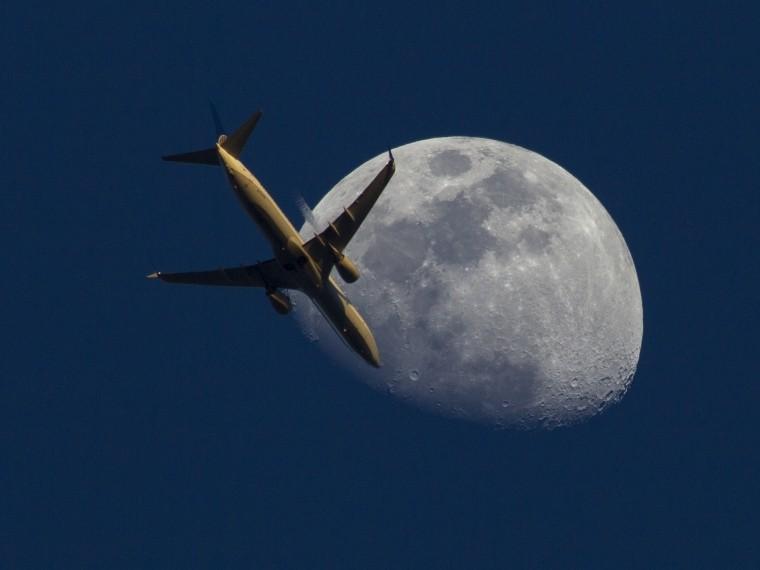 лондоне считают досмотр российского самолета стандартной проверкой