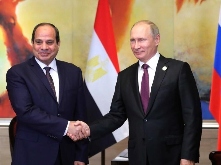 Стало известно, что Путин обсудил сновым президентом Египта