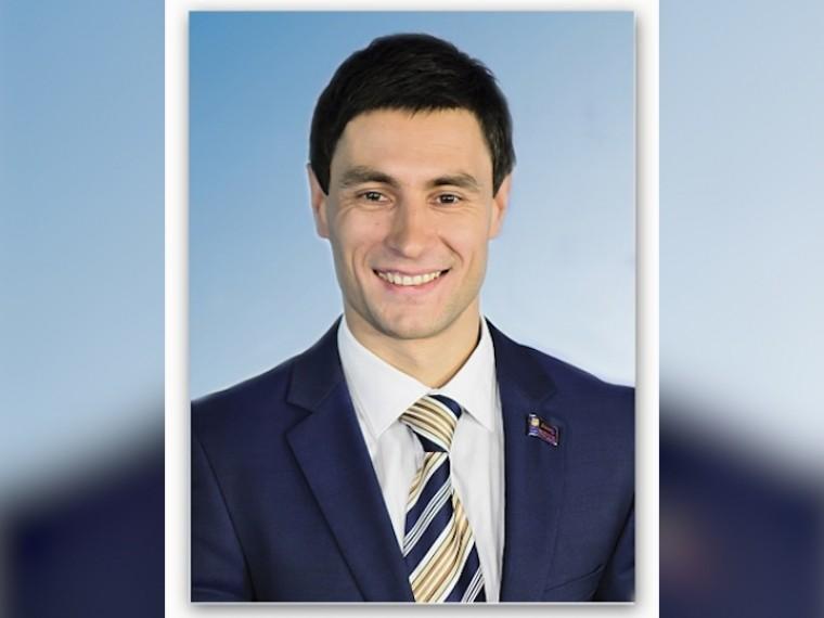 Спикер парламента Кузбасса досрочно складывает полномочия