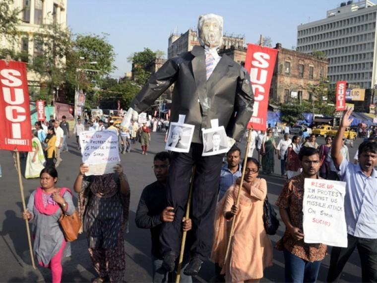 Протестующие против ракетного удара поСирии вышли наулицы Стамбула иБагдада