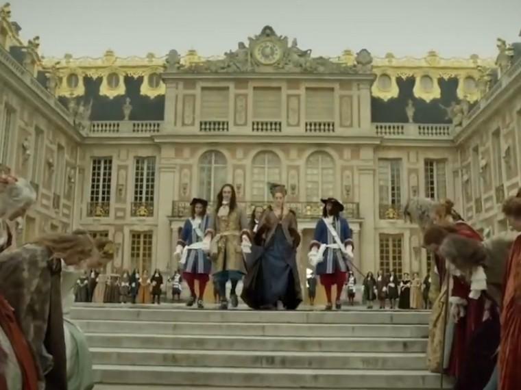 Скандальный сериал «Версаль» закрыли из-за слишкомбольшого количествасекса