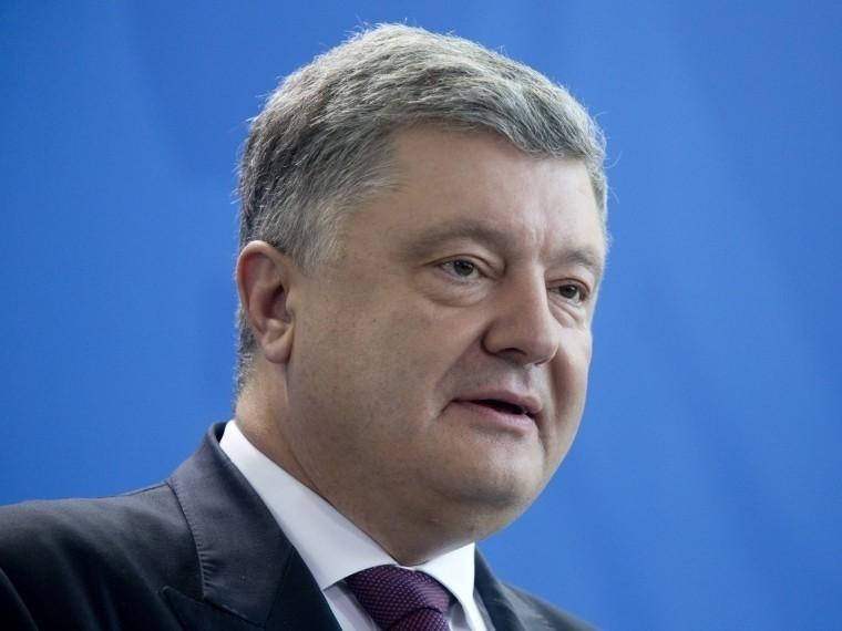 порошенко объявил начале обретения независимости украинской православной церковью