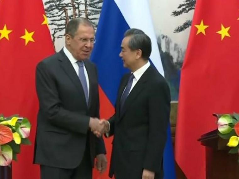 китай осуждает ракетный удар коалиции сирии