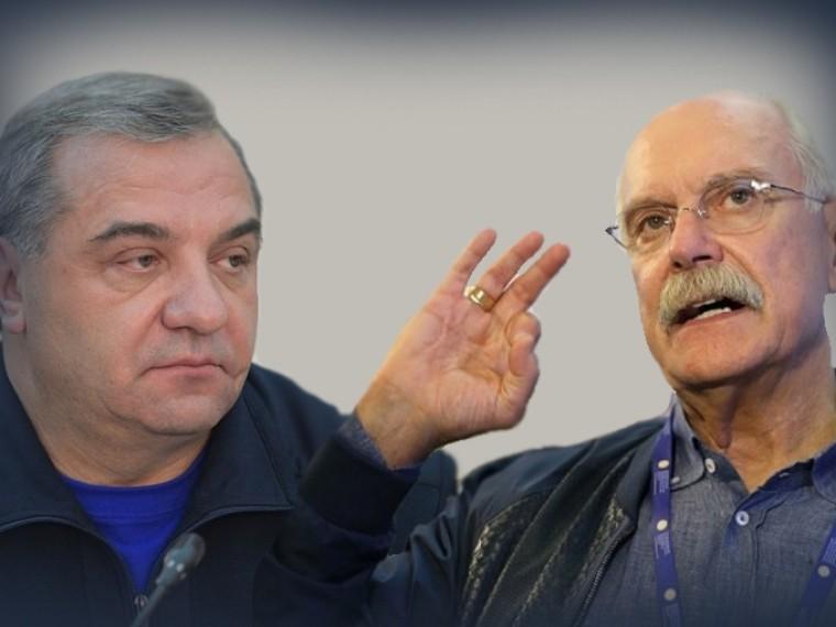 «Бред!»— министр Пучковответил Михалкову, который раскритиковалего запожар в«Зимней вишне»