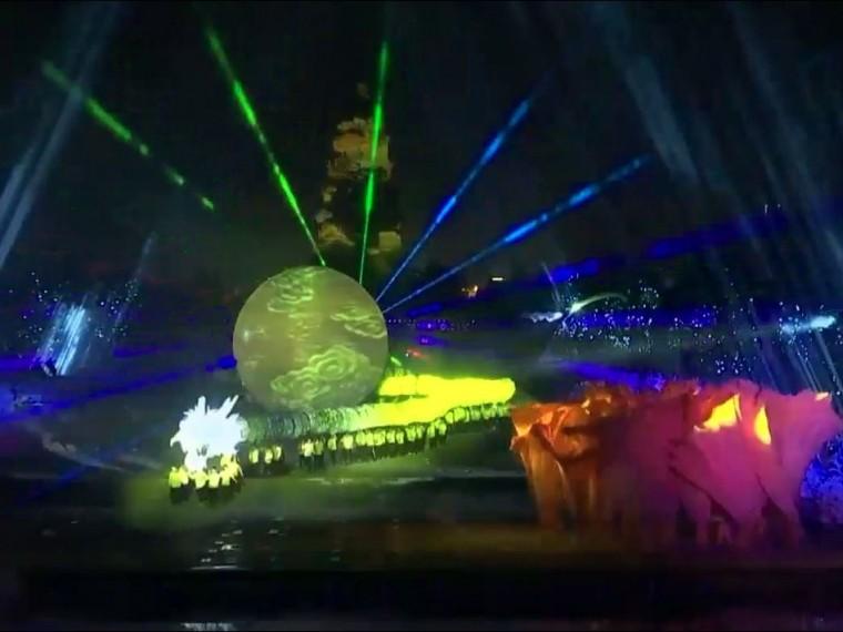 потрясающее светомузыкальное шоу честь труда китайском сиане попало