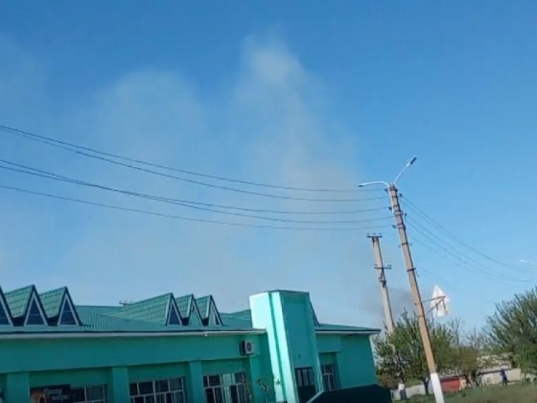 Новый пожар навоенных складах вБалаклее начался из-за наезда танка набоеприпасы