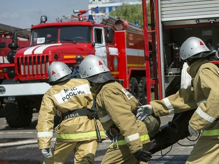 Площадь пожара наполигоне вУдмуртии достигла 100 тысяч квадратных метров