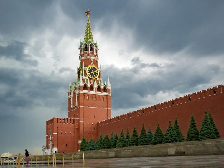 ВКремле следят запоручениемТрампа разработать санкции из-за российских ракет