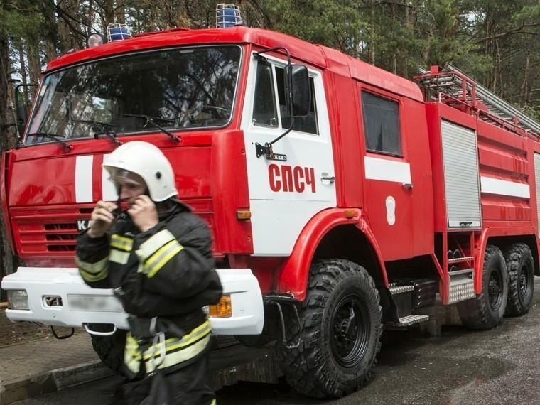 ВМоскве полыхает завод гелиевого машиностроения— видео